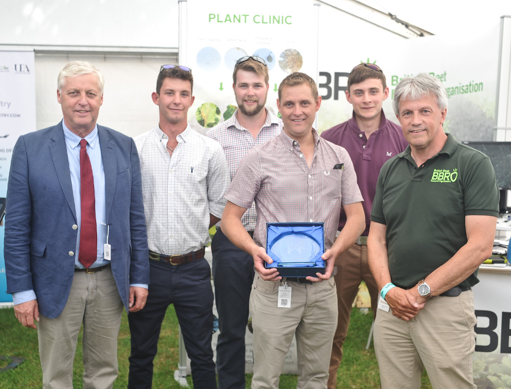Salle Farms, winner of BBRO Beet Challenge, with Simon Bowen (right)
