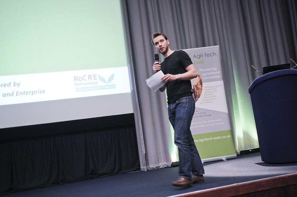 Yagro CEO Gareth Daviesat the Start-Up Showcase at REAP 2015